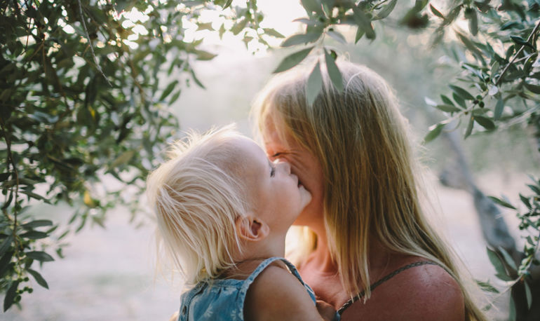 You Have A Beautiful Soul + 6 Other Things Every Mother Should Tell Their Daughter Hero Image