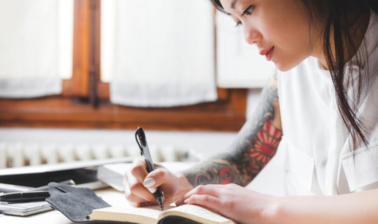 The Journaling Ritual That Will Change Your Life In One Page Flat Hero Image