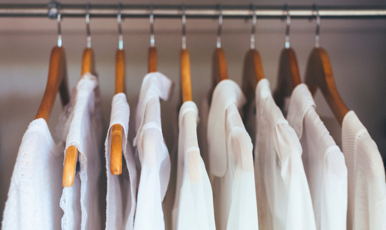 The Foolproof Guide To Organizing & Cleaning Your Closet Hero Image