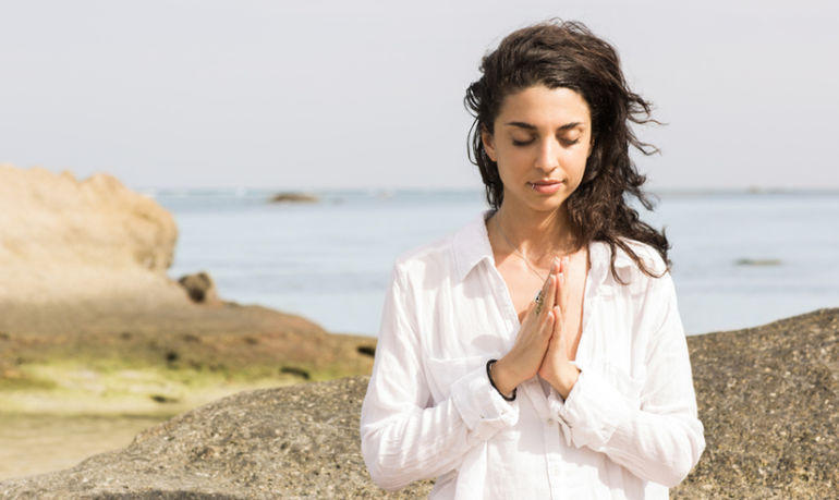Going Through A Hard Time? Here Are 6 Ways Mindfulness Can Help Hero Image