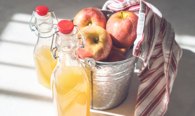 9 Delicious Ways To Use Apple Cider Vinegar To Reset Your Gut Hero Image