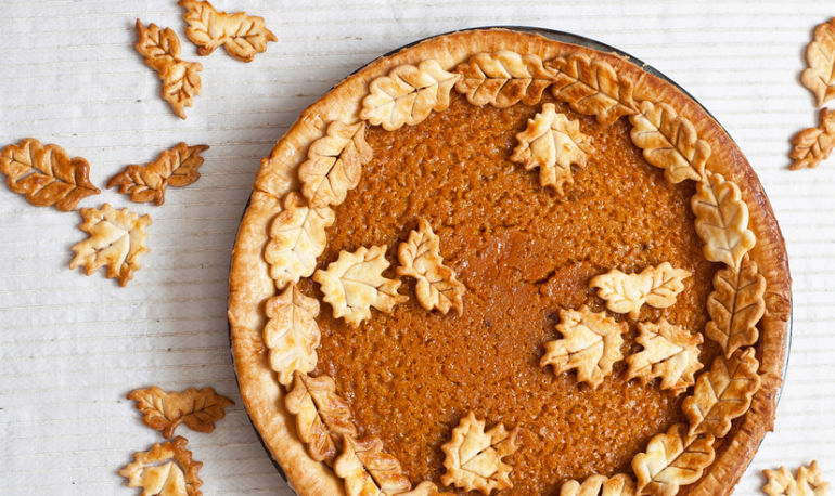 How To Make A Pumpkin Pie Healthy Enough To Eat For Breakfast (Plus, It's Vegan & Gluten-Free!) Hero Image