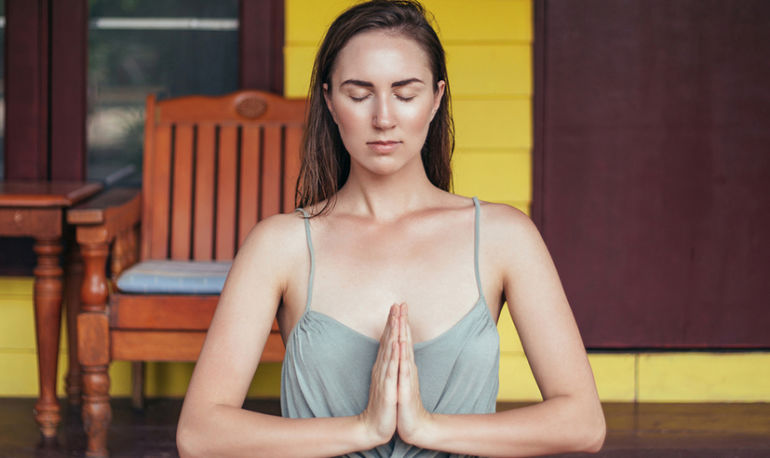 These Are The Most Common Mistakes People Make While Meditating Hero Image