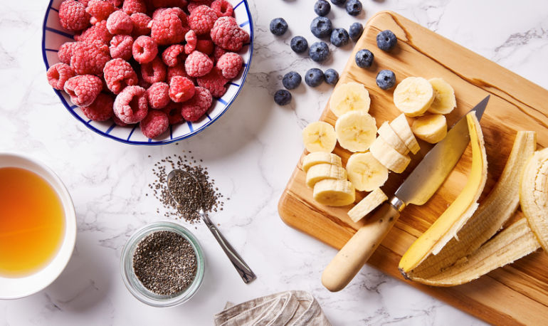 4 Hormone-Balancing Smoothie Recipes Perfect For Winter Hero Image