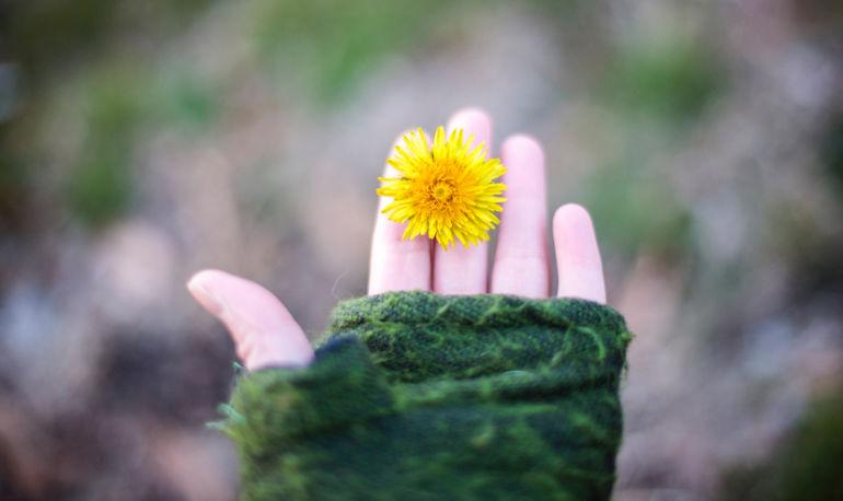 Easy Self-Care Strategies That Counteract Seasonal Depression Hero Image