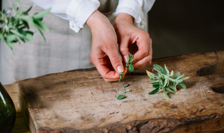 The Truth About Organic Herbs + How To Find Truly Sustainable Options Hero Image