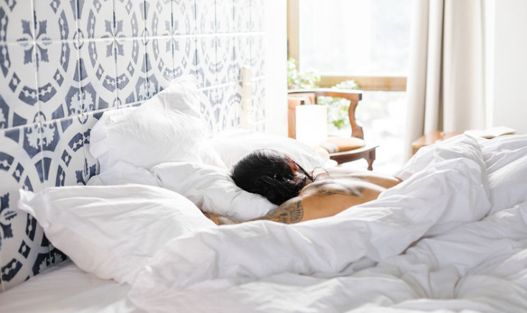 This 10-Minute Exercise Could Be The Key To Falling (And Staying) Asleep Hero Image