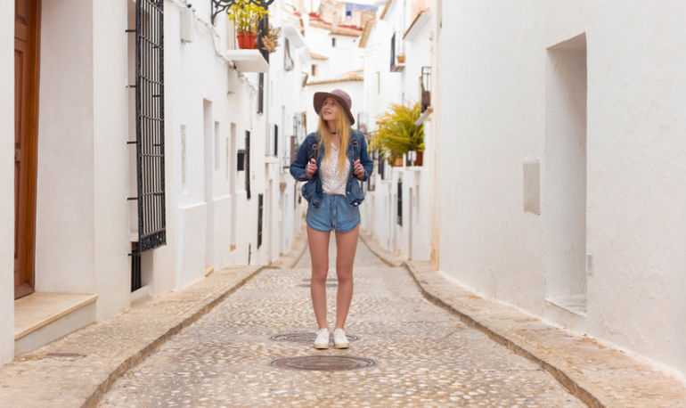 I'm A Functional-Medicine Expert: Here's How I Stay Healthy When I Travel Hero Image