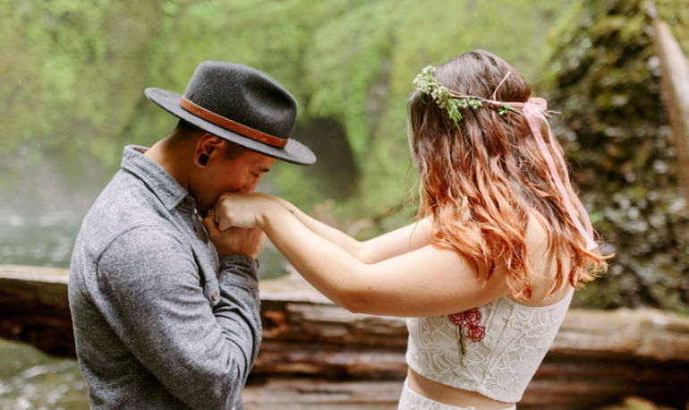 13 Real Women On The One Thing They Wish They'd Known Before Getting Married Hero Image