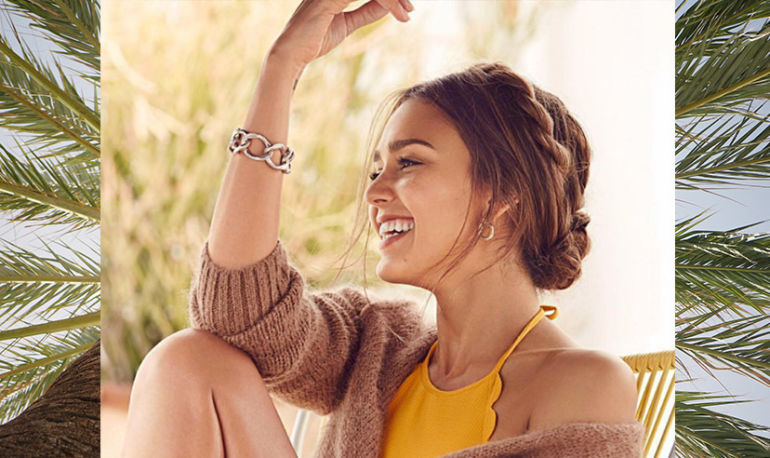 Jessica Alba Has Stretch Marks Just Like You. Here's Why She Doesn't Care Hero Image