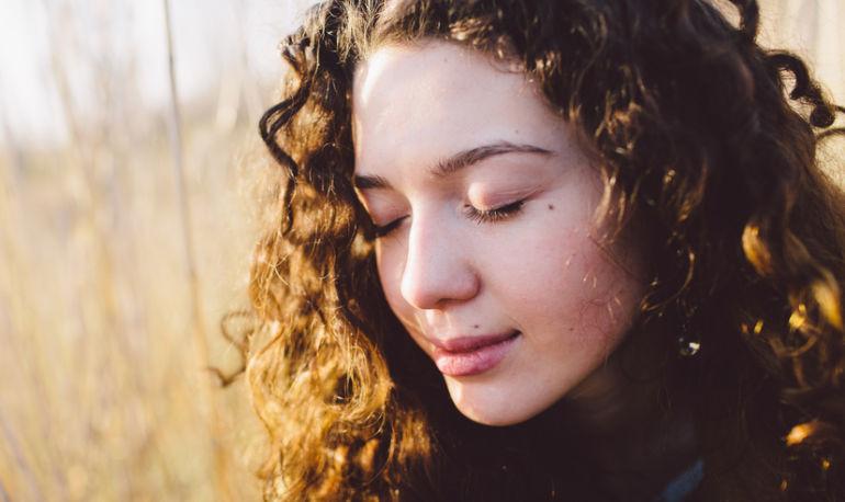 Reflexology Tricks That Will Totally Transform Your Skin Hero Image