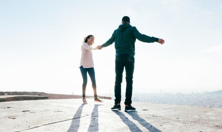 How To Live Longer, Be Happier & Have Better Sex: A Positive Psychologist Explains Hero Image