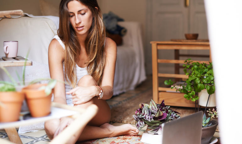 5 Ways To Steal A Moment Of Relaxation — Even When You Think You Have No Time Hero Image
