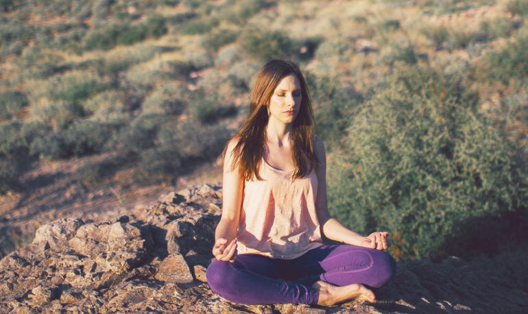 How I Meditate: Spirituality Teacher Suzanne Heyn Hero Image