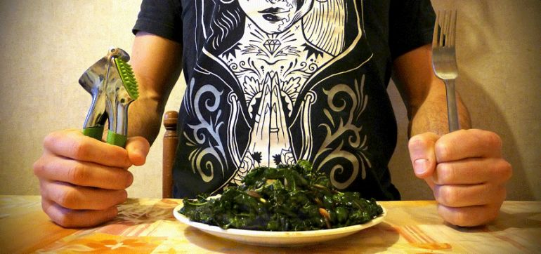 A Salad That Makes Even The Skeptics Fall In Love With Kale Hero Image