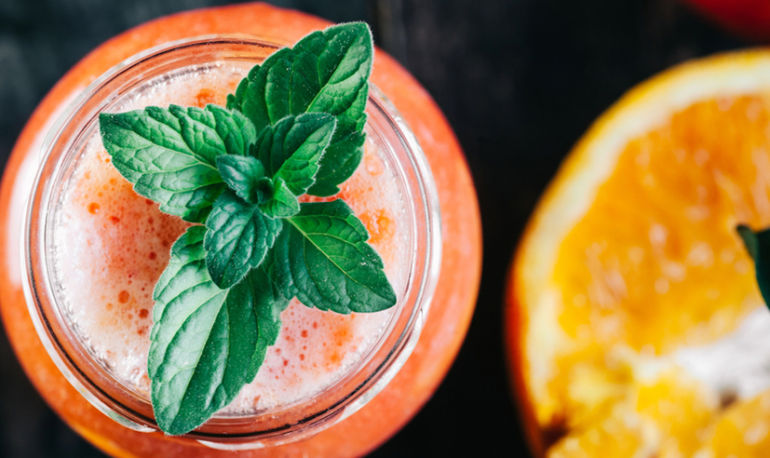 Delicious Mocktails To Sip All Summer (With Health Benefits You Won't Believe) Hero Image