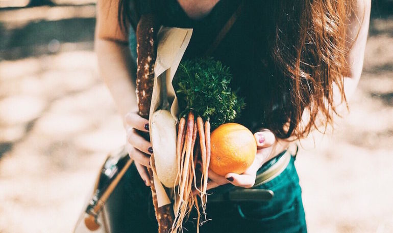 I'm A Nutritionist. Here Are 3 Things I Wish I'd Learned About Food At School Hero Image