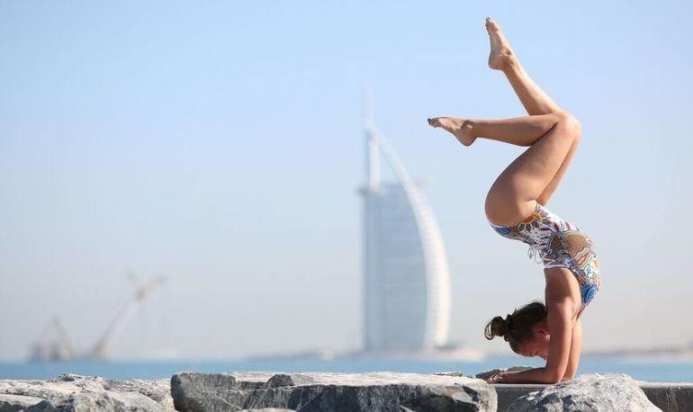 Yoga In Dubai: 15 Beautiful Photos Of The City's Yogis Hero Image