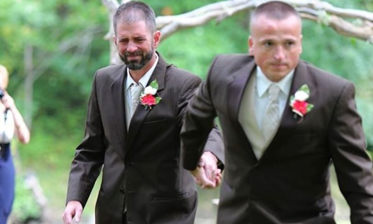 What This Father Did At His Daughter's Wedding Moved Her Stepfather To Tears Hero Image
