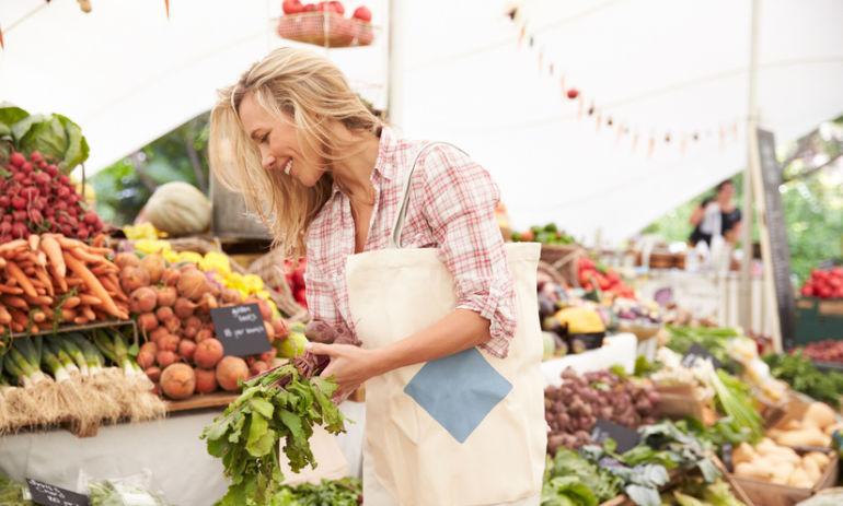 10 Cheap & Easy Ways To Eat Organic Hero Image