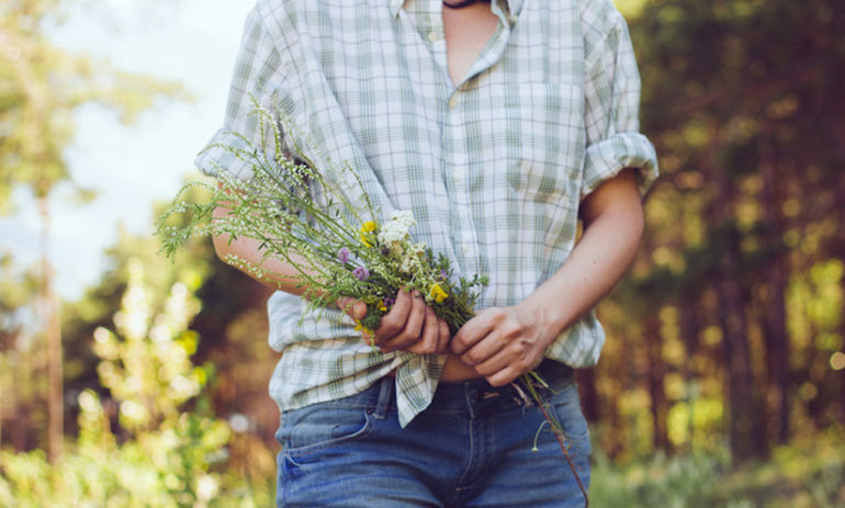 9 Signs Your Gut Is At The Root Of Your Health Issues + How To Heal Hero Image
