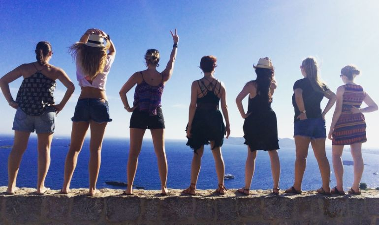 5 Reasons To Attend A Woman's Fitness Retreat (That Have Nothing To Do With Being Fit) Hero Image
