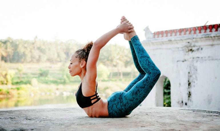 5 Ways To Use Yoga To Make Your Skin Glow Hero Image