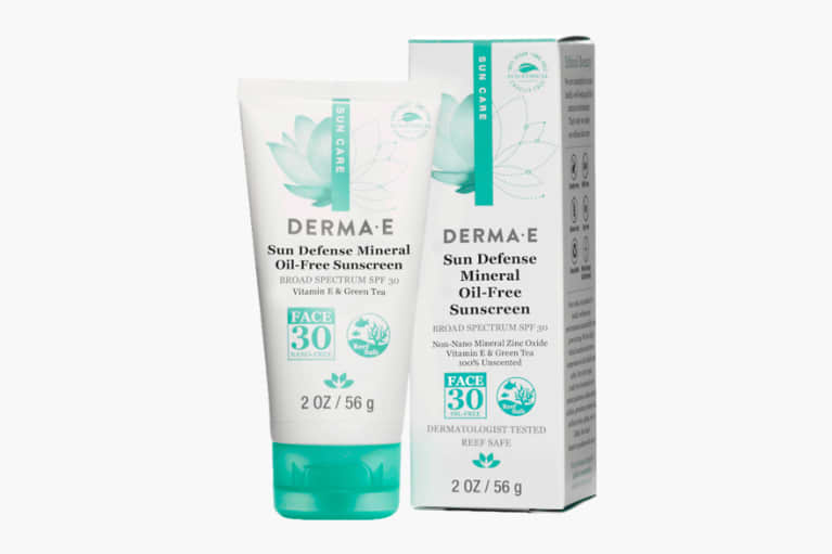 Sun Defense Mineral Sunscreen Broad Spectrum SPF 30 Oil-Free Face