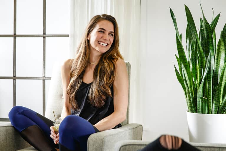 What This Model-Turned-Health-Coach Does To Heal Her Gut + Make Her Skin Glow