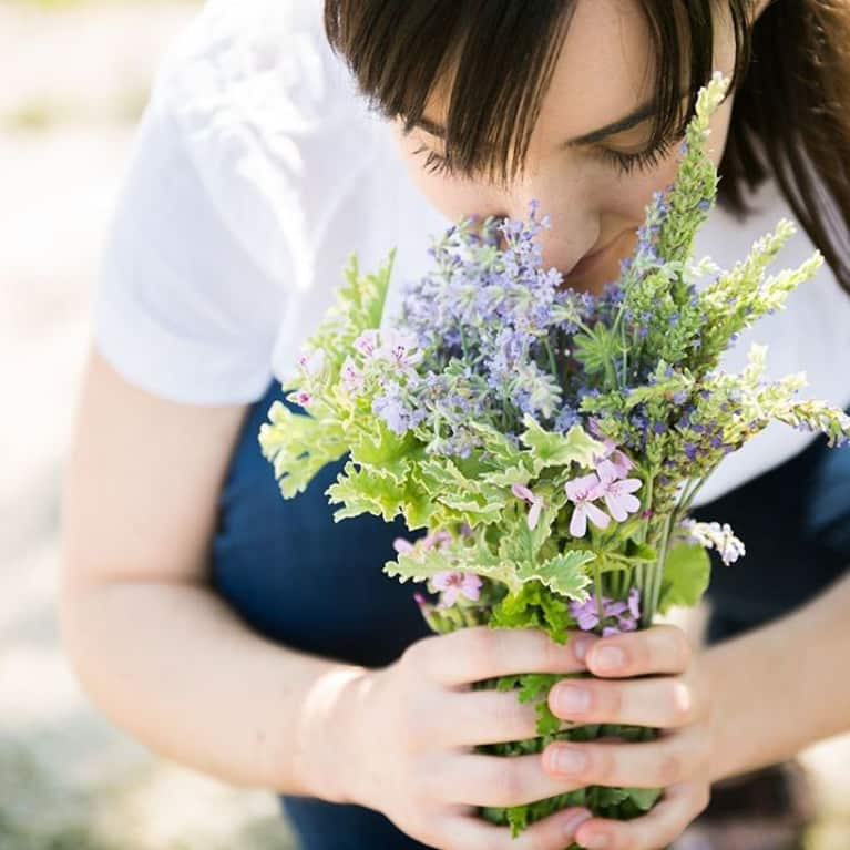 The 5 Essential Oils You Need For Summer