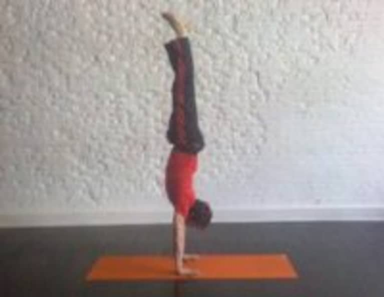 How To Do A Handstand With Michael Taylor