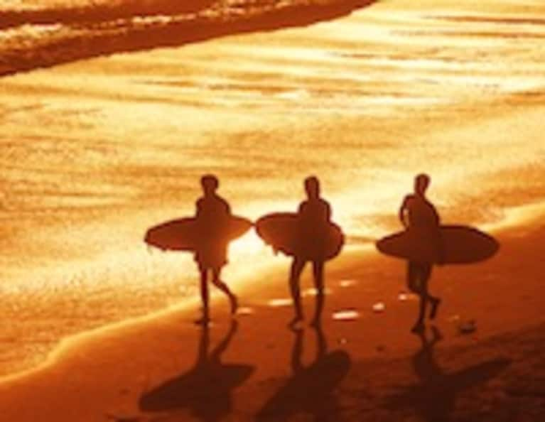 5 Life Lessons We Can Learn from Surfers