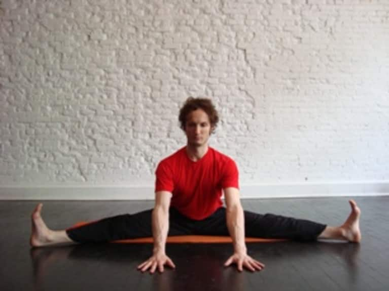 Seated Straddle: How-to, Tips, Benefits