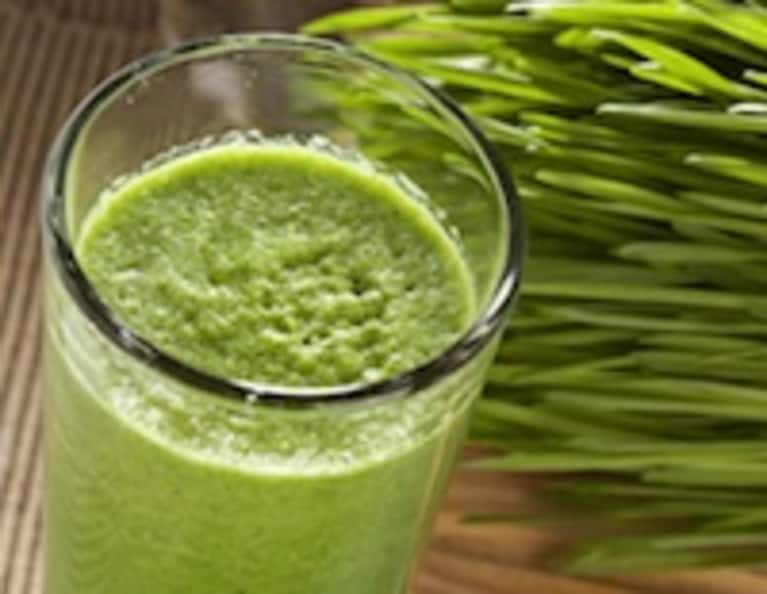 DIY: Grow Your Own Wheatgrass & Make Awesome Juices!