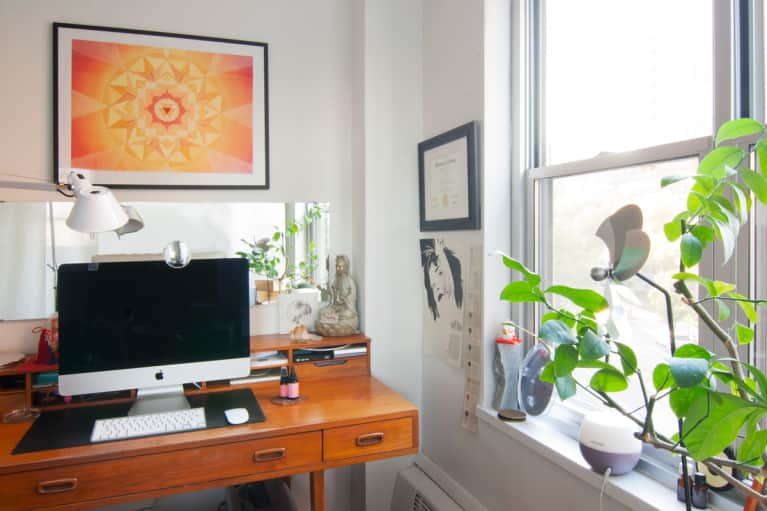 Check Out A Feng Shui Designer's Blissed-Out NYC Apartment