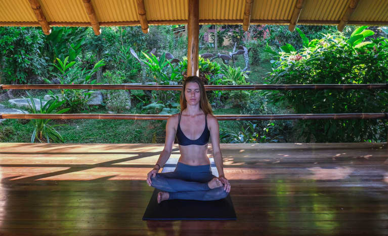 Whether You're A Runner Or A Weightlifter, You Need To Know About This Yoga Flow