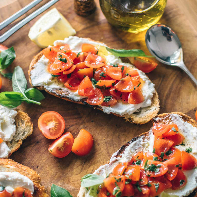 Is Cutting Carbs Bad For Your Brain? A Neuroscientist Explains