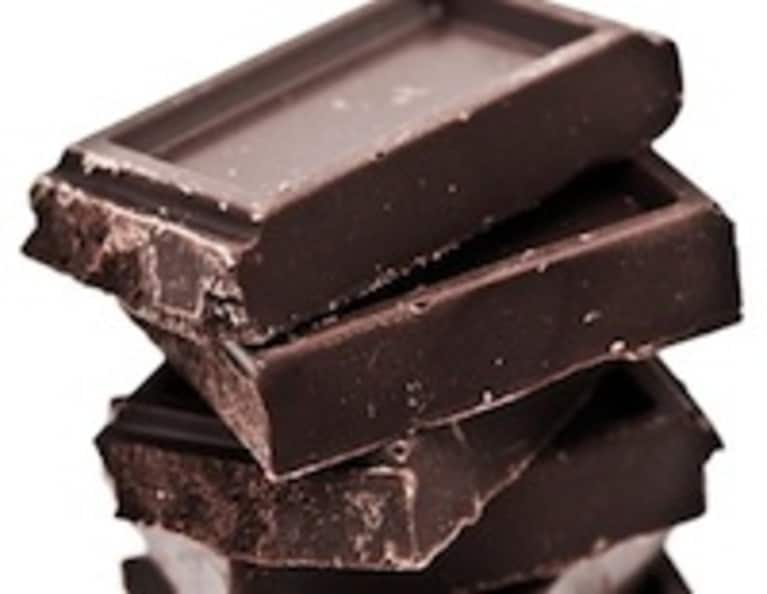 Chocolate Romance: 8 Reasons You Should Fall In Love With Dark Chocolate