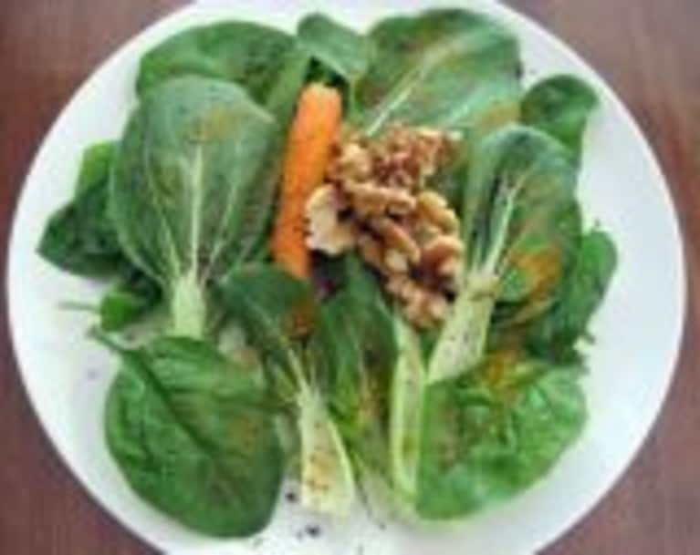Spinach Salad with Carrots, Walnuts, and Zesty Spice Dressing