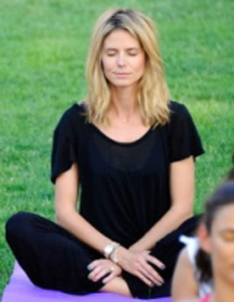 Heidi Klum Gives Yoga a Whirl