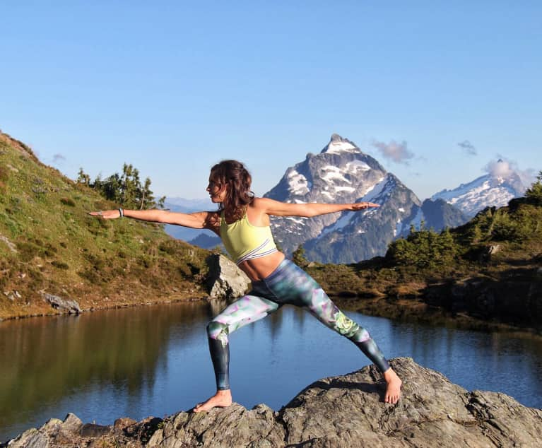 4 Grounding Yoga Poses That Are So Much Better In The Mountains