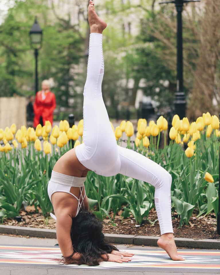 5 Ways Getting Upside Down Every Day Benefits Your Mental & Physical Health