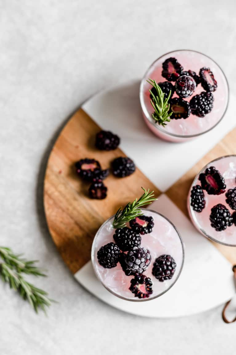 21 Healthy Cocktails That You'll Want To Sip On All Summer Long