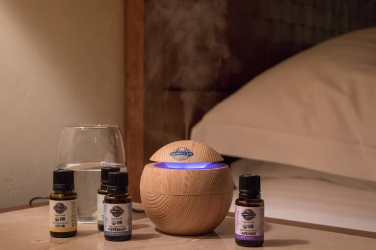 Meditating With These 3 Essential Oils Changes Everything