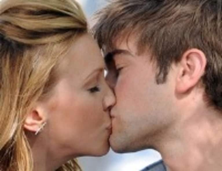10 Things You Didn't Know About Kissing