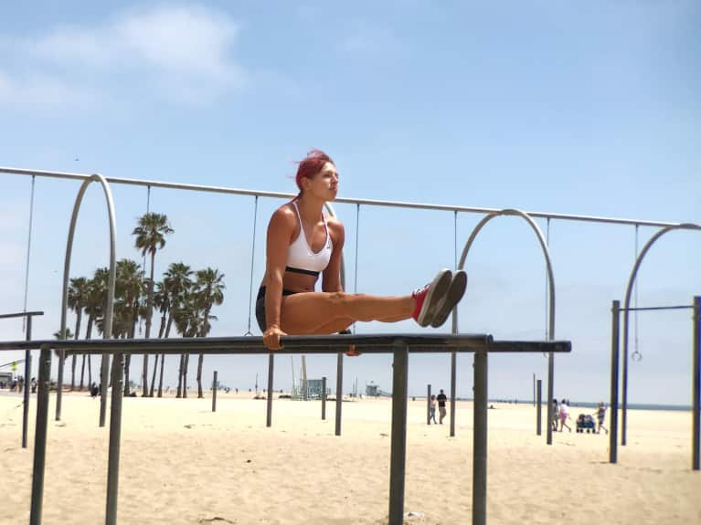Core Workouts You Can Do With Almost No Equipment