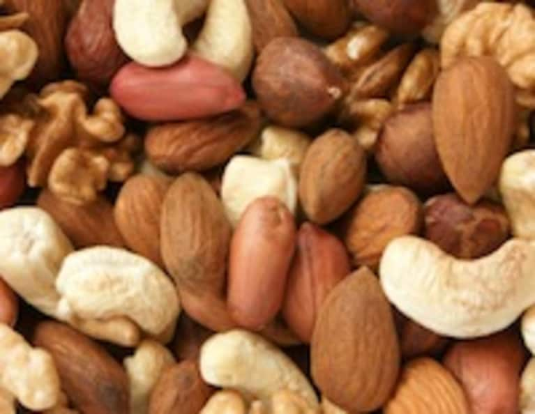 7 Reasons to Love You Some Nuts