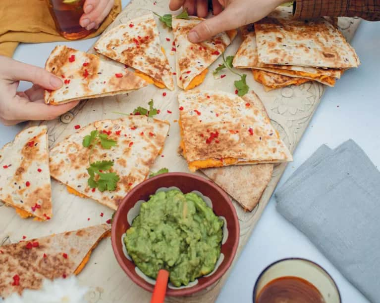 How To Host A Healthier Super Bowl Party