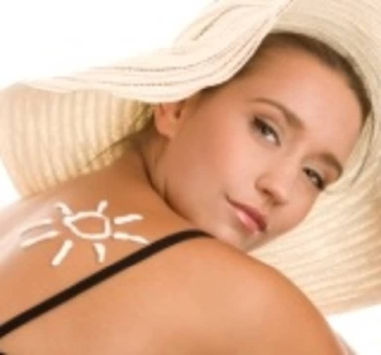 Why You Should Only Use All Natural Sunscreens