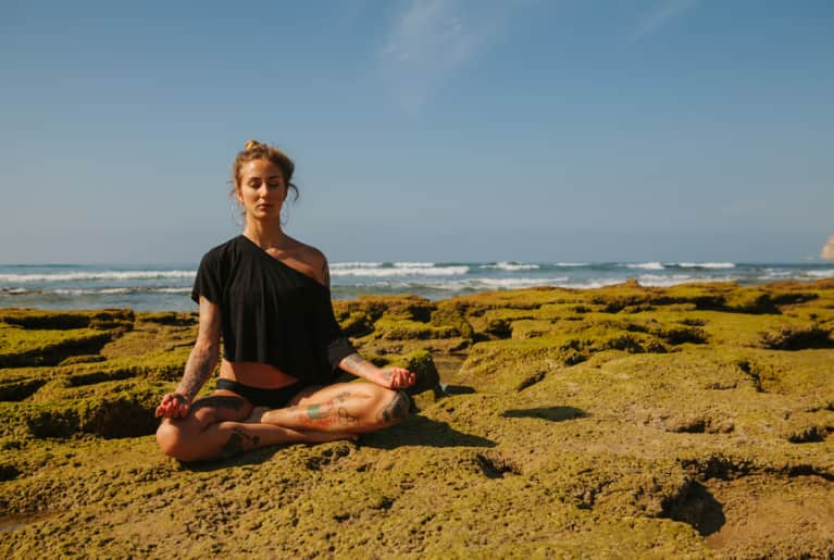 I Went On A 10-Day Silent Meditation Retreat. Here's What Happened